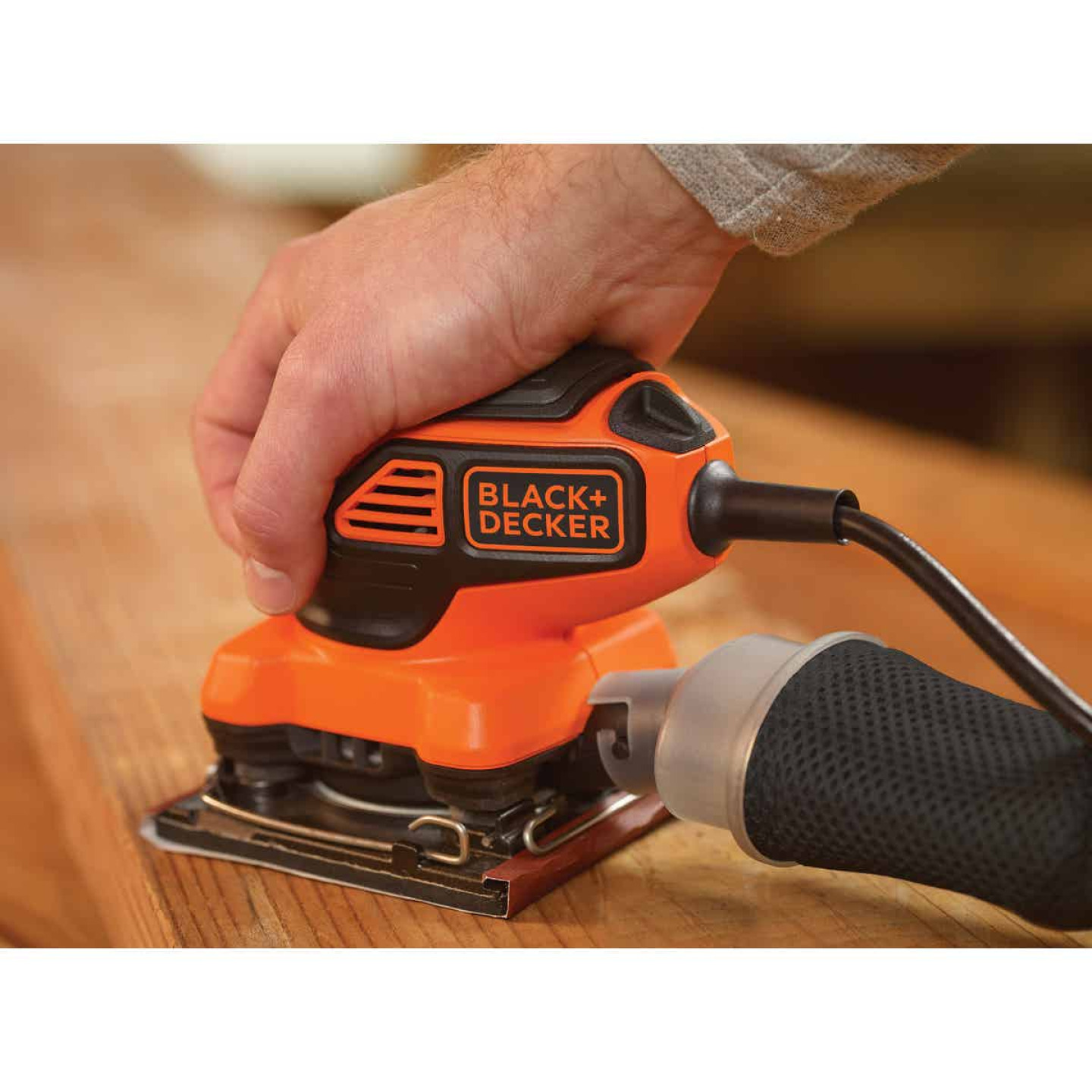 Black & Decker 1/4 Sheet 2.0A Finish Sander Image 3